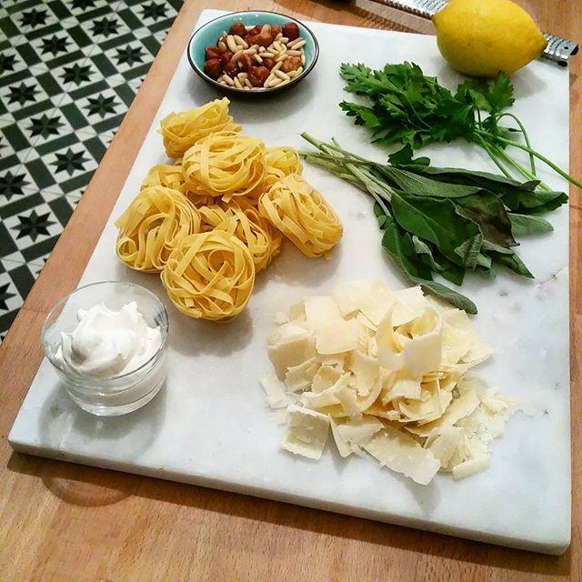 Tagliatelles, Sauce Sauge et Citron Ingrédients - Copyright © Gratinez