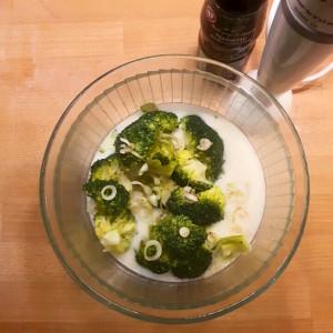 Velouté de brocoli préparation - Copyright © Gratinez
