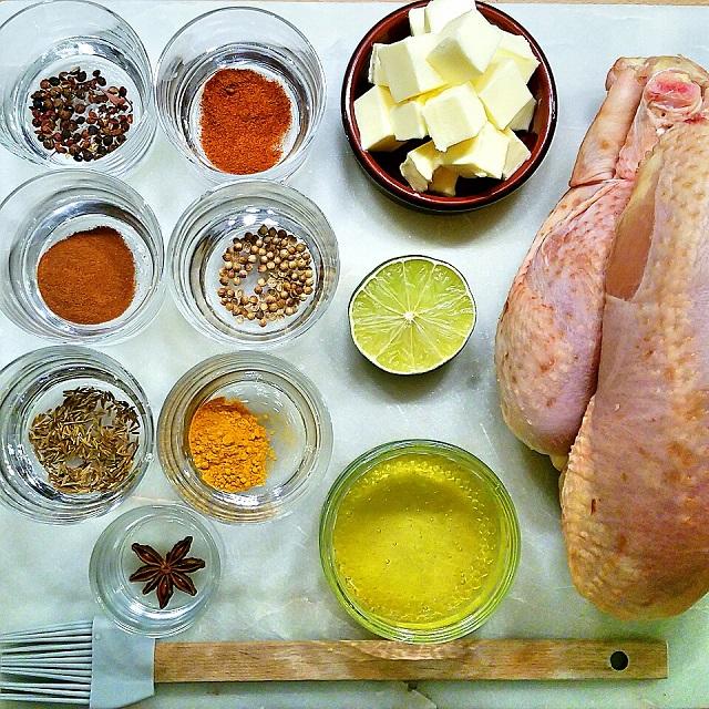 Les ingrédients de notre poulet rôti au miel et mélange de 7 épices – Copyright © Gratinez