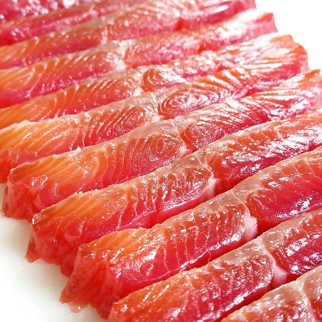 Gravlax de saumon à la betterave – Copyright © Gratinez
