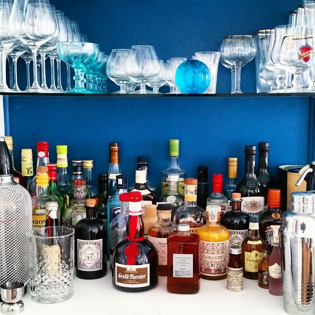 Bar à spiritueux et cocktails – Copyright © Gratinez