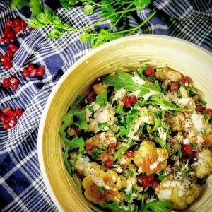 Salade de chou-fleur rôti et quinoa, sumac et tahini – Copyright © Gratinez