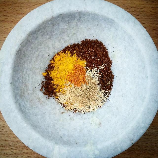 Mélange d'épices, curry maison – Copyright © Gratinez