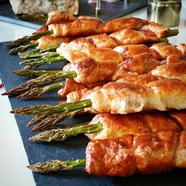 Torsades feuilletées de bacon aux asperges – Copyright © Gratinez