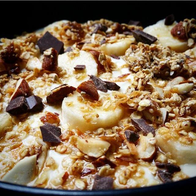 Granola maison - Coco, figues, amandes et noisettes – Copyright © Gratinez