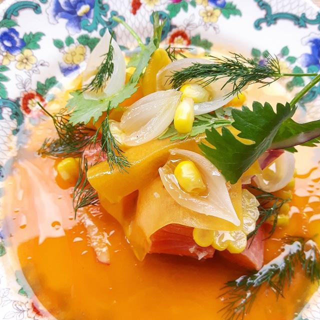 Truite, butternut, maïs doux et oignon – restaurant Salt – Copyright © Gratinez