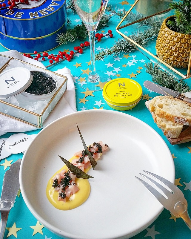 Tartare de veau de lait, sabayon citronné, Caviar de Neuvic – Copyright © Gratinez / Arts de la table par Mamadeko