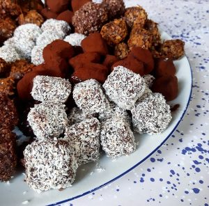 Truffes au chocolat Safran, Estagron et Tonka – Copyright © Gratinez