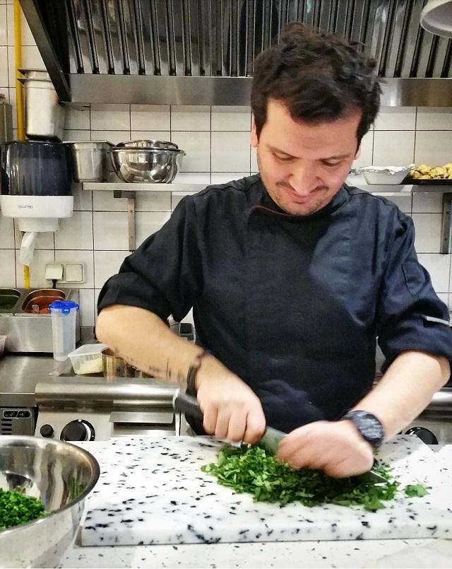 Le Chef Kobi Villot Malka, restaurant Tavline – Copyright © Gratinez