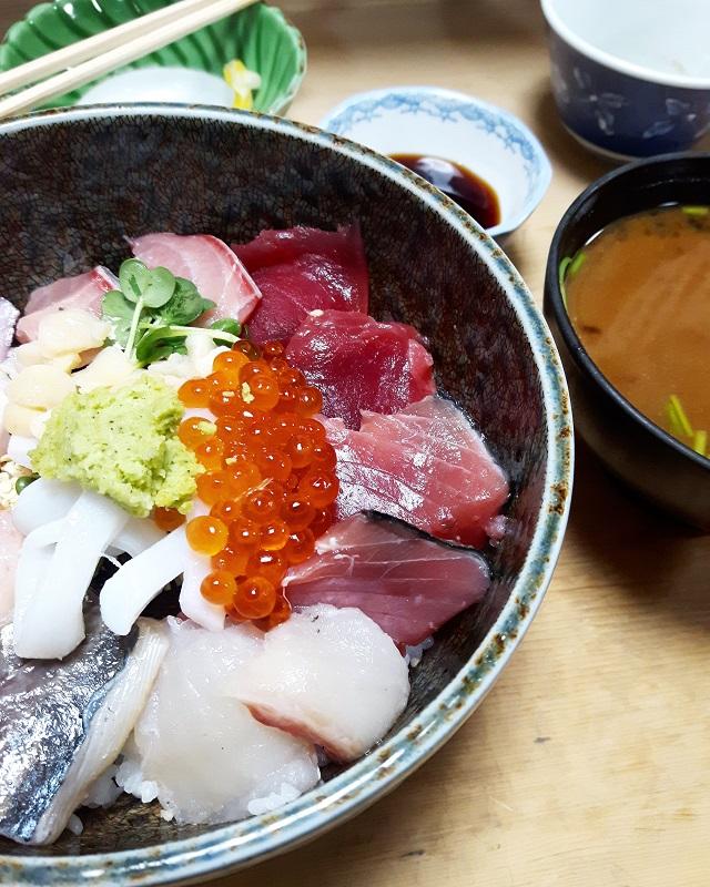 Sashimis chez Sanshuya Nihonbashi – Copyright © Gratinez