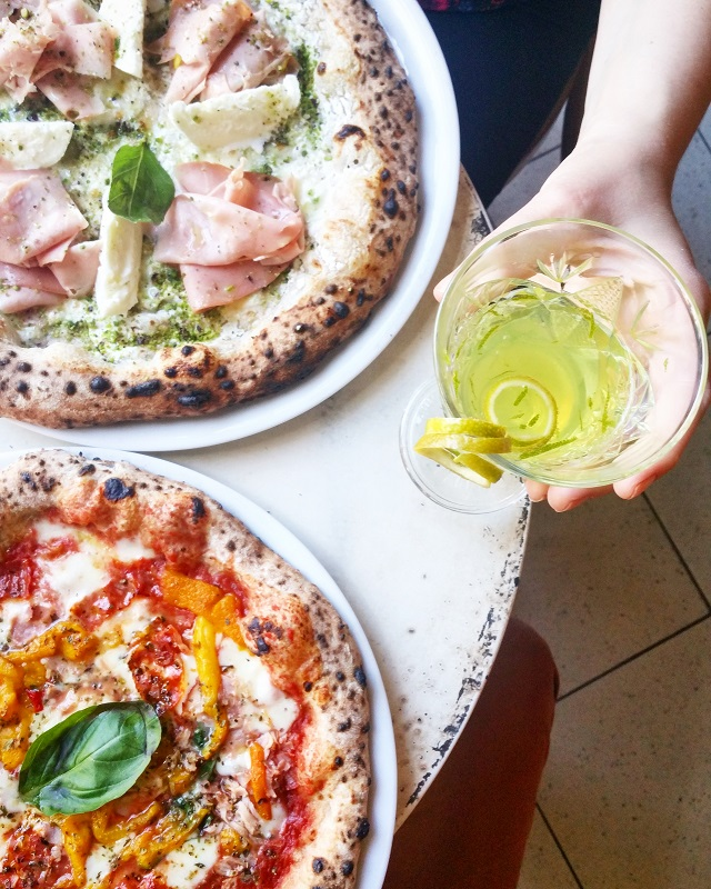 Pizze e cocktails, chez Simonetta – Copyright © Gratinez