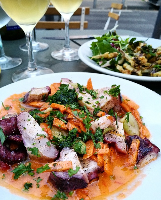 Salade de poulpe au restaurant Otto, Marseille – Copyright © Gratinez