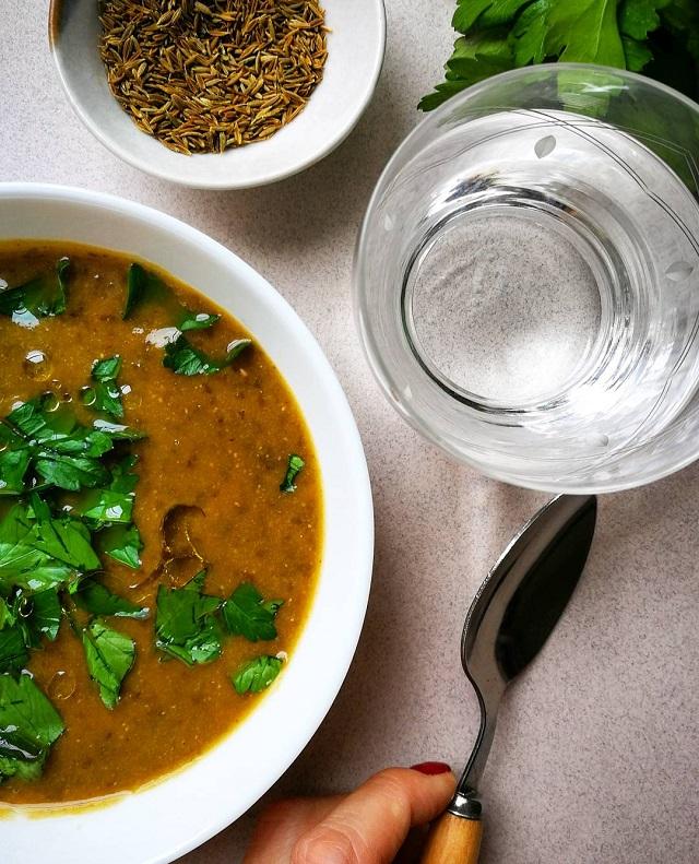 Soupe de lentilles vertes, carottes et cumin – Copyright © Gratinez