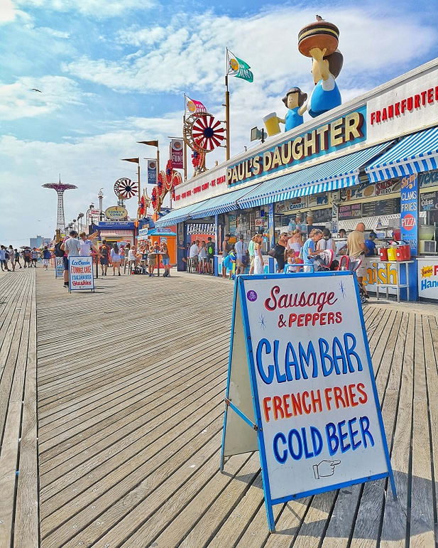 Coney Island – Copyright © Gratinez
