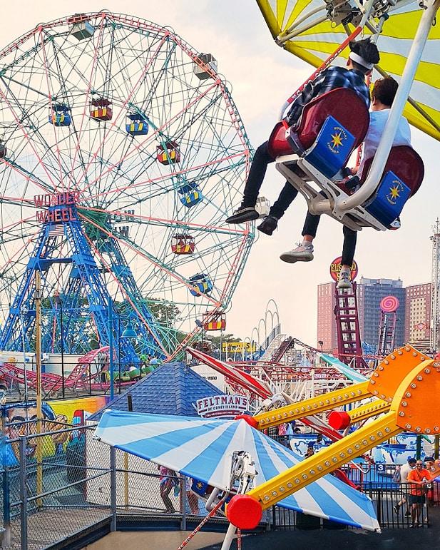 Coney Island, Luna Park – Copyright © Gratinez