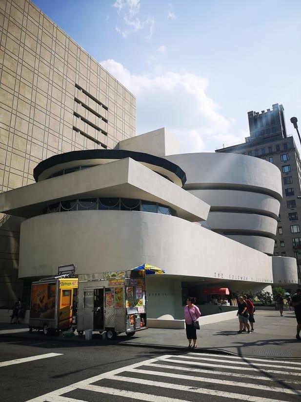 Guggenheim Museum – Copyright © Gratinez